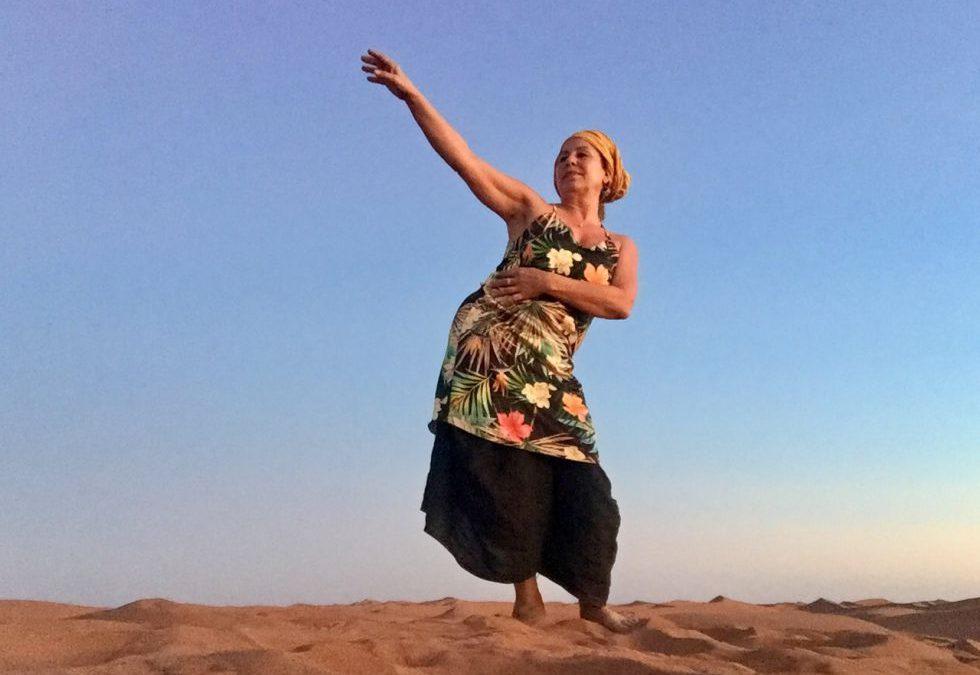 Wieso der Tanz in die Weiblichkeit in jedem Alter dein Selbstbewusstsein stärkt