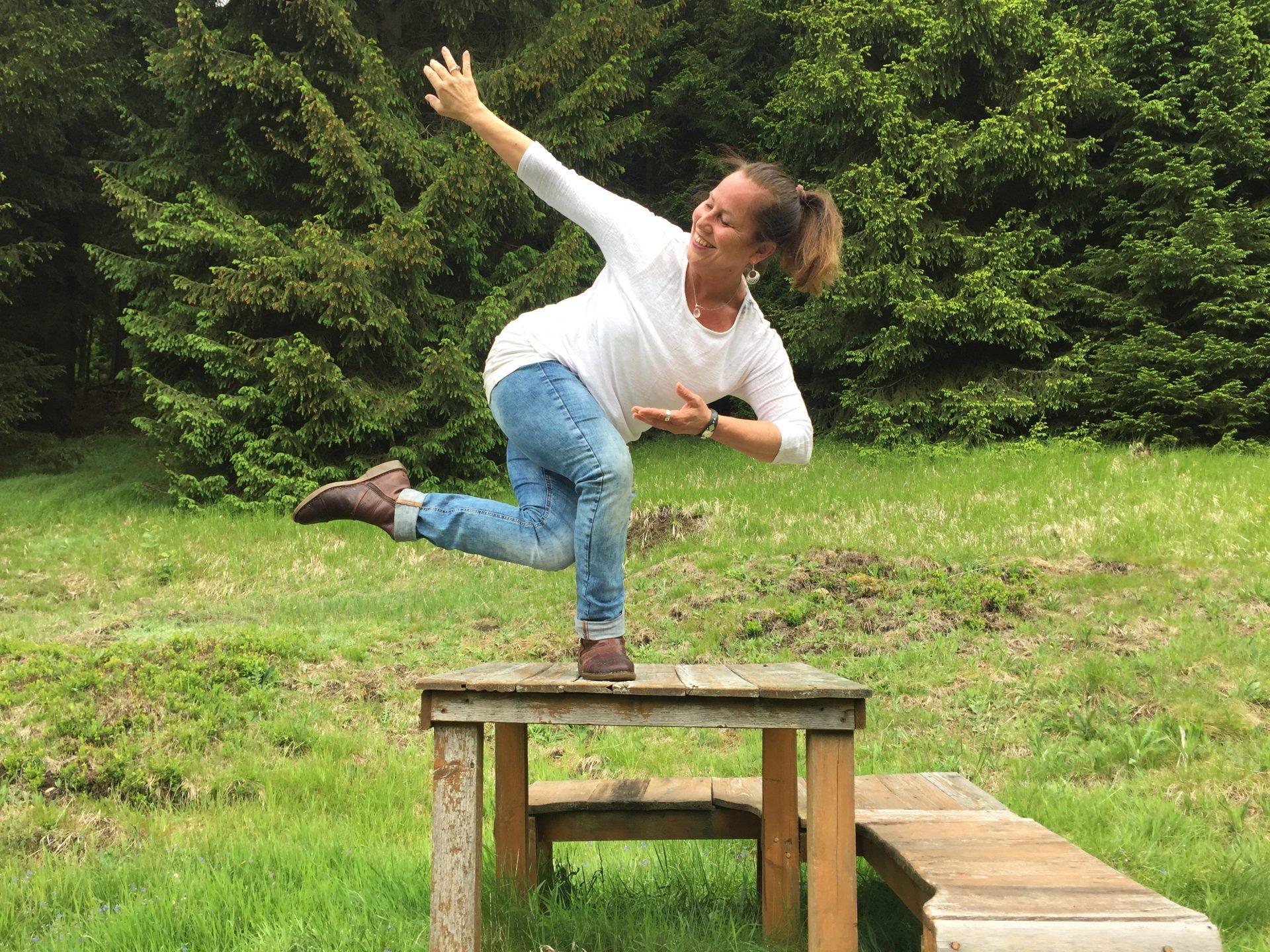Tanz in die Weiblichkeit, Yoga, Qi Gong und Energiearbeit